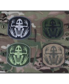 Patch militaire Airsoft Seal Skull Frog noir blanc